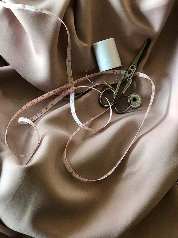 How to sew with needle and thread
