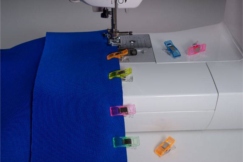 How to use sewing clips