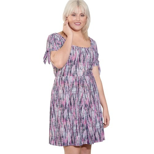 Plus-size knit dress pattern