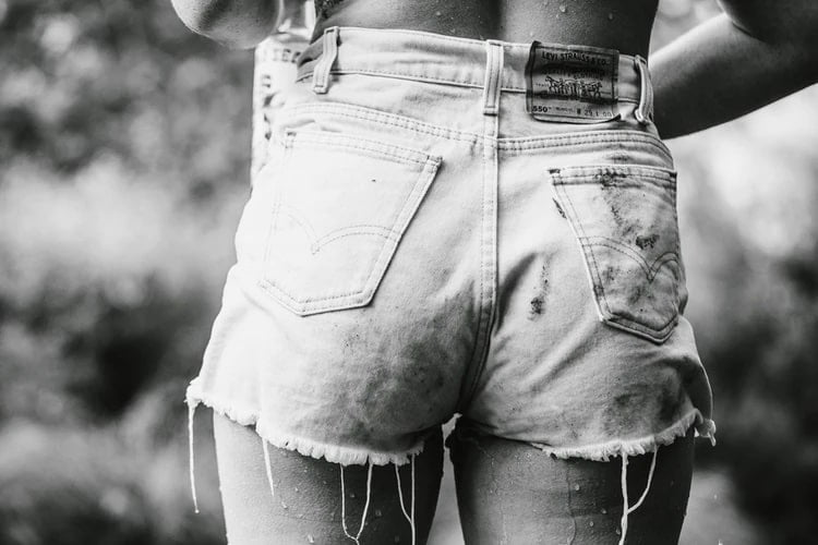 Cut off shorts for women