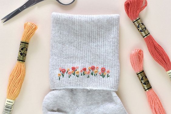 How to embroider socks