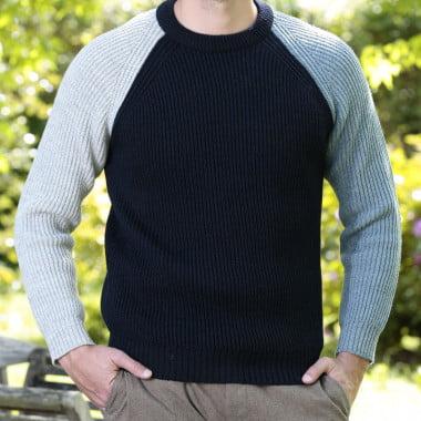 Peregrine contrast sleeve navy english ribs sweater