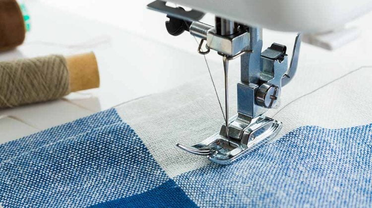 Sewing machine how to change sewing machine needle ss